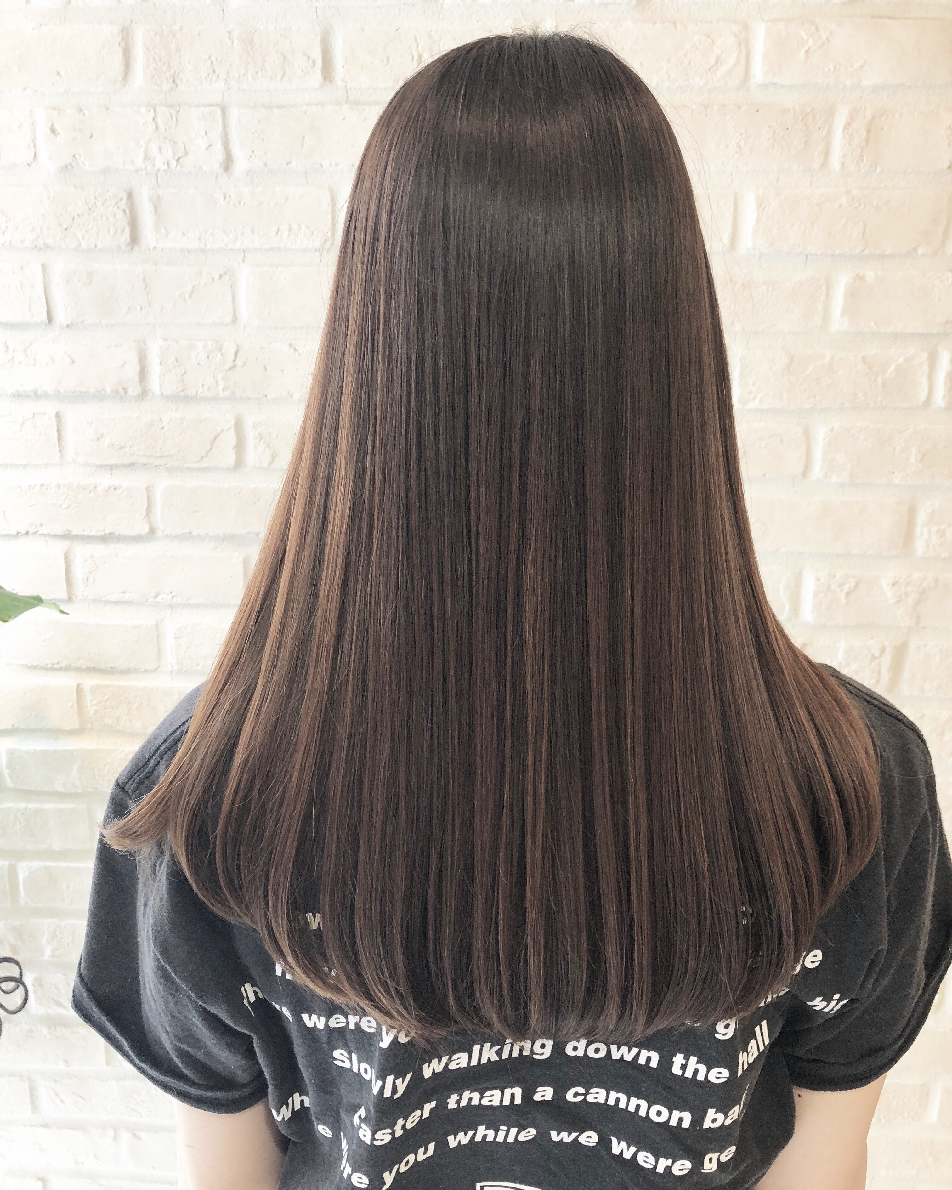 カラー ベース グラデーション 黒髪